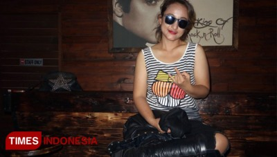 Lady Rocker Rinada Siap Tampil All Out di Rocklaw Compilation#2