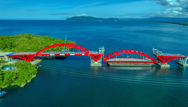 Waagner Biro Successfully Puts The Second Span of Holtekamp Bridge