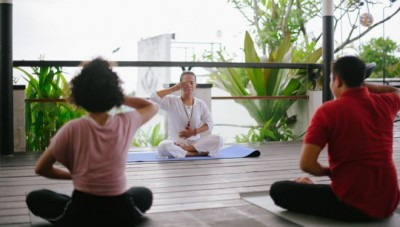 Healthy Life with Friday Yoga in Aston Kuta Hotel & Residence