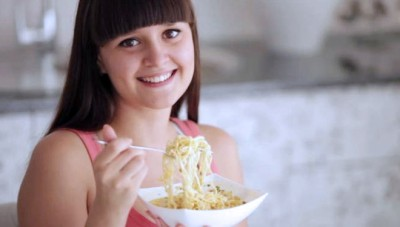 Becareful! Here are the Bad Effects Eating Instant Noodles for Your Health