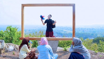 Visiting Lamongan? Try This New Destination at Suru Lembor Hill