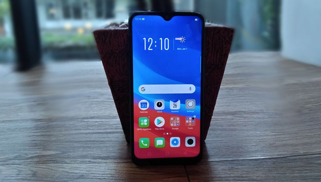 Officially Launched in Indonesia, Oppo A7 Has Unique Screen Design