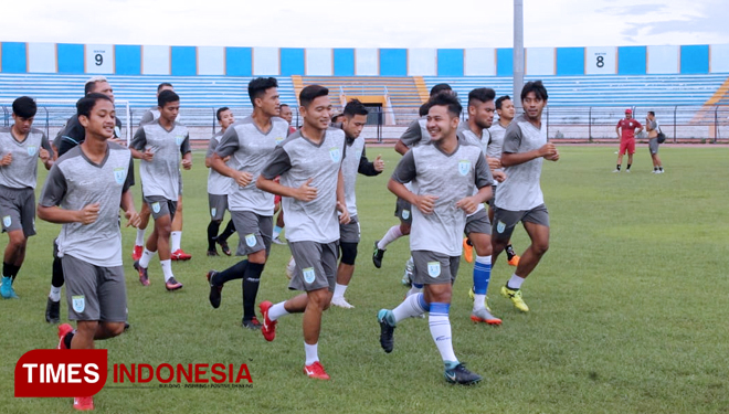 Latihan-Persela-3.jpg