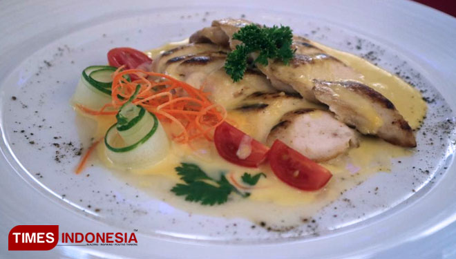 Various Christmas and New Year Menu at Swiss-Belinn Manyar Surabaya