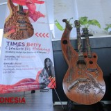 An Exotic Guitar Given by I Wayan Tuges to The Berry Biz Hotel