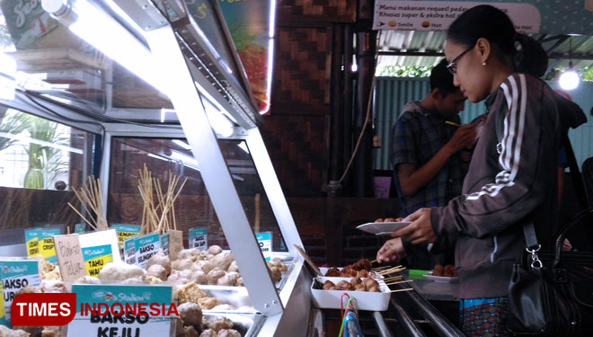 Meat Balls in a Meat Ball? Find out at Bakso de Stadion