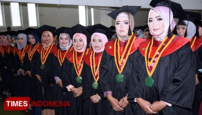 UIN Malang Graduated Around 800 Graduates and Dozens of Medical Students