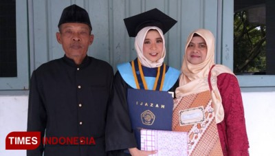 UIN Malang Gave Five Awards to the Graduates
