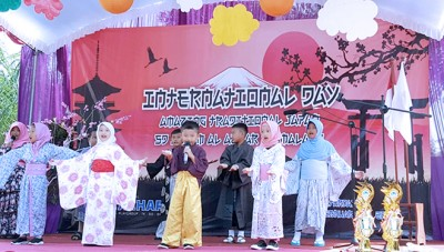 SD Al Azhar 56 Malang Introduce Japanese Culture to Their Students