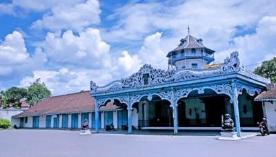 All You Need to Do when You Visit Keraton Surakarta