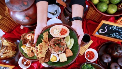 Festival Banyuwangi Kuliner 2019 Presented Chef Vania Wibisono to Taste the Delicious Pecel Rawon