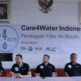 The West Jakarta Society Get Filter Care4Water Water Tank from the Government
