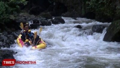 Spend Your Evening at Songa Adventure Probolinggo and Enjoy the Rafting