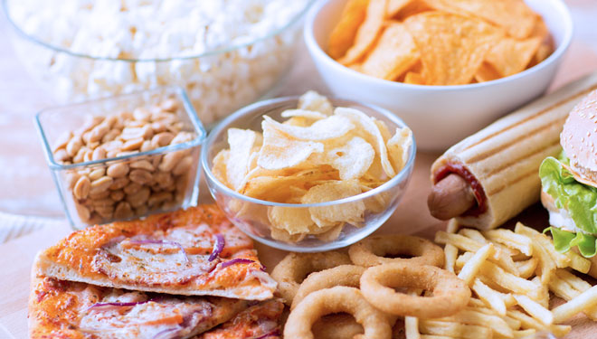 High-Cholesterol Foods to Avoid during Ramadhan Fasting