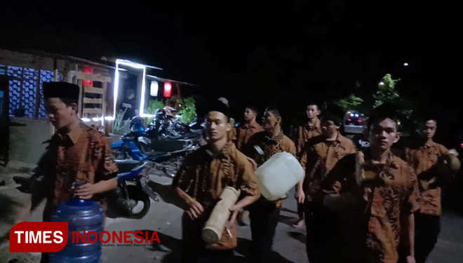 Musik Patrol Competition to Wake people for Early Breakfast in Ngawi