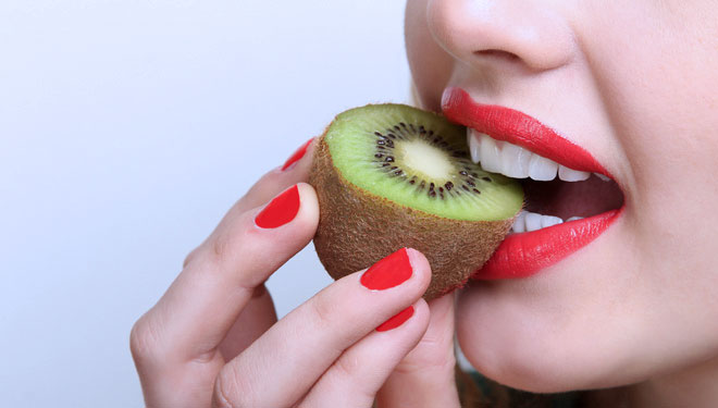 Six Choices of Fresh Fruit to Maintain Dental Health