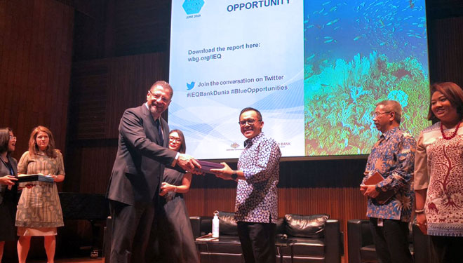 The Mayor of Banyuwangi Invited by the World Bank to Explain about the Sustainable Tourism