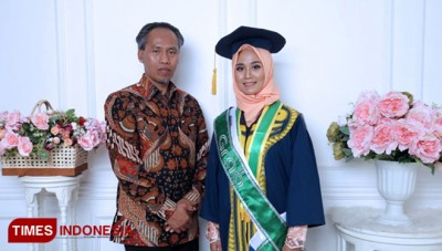 Rizky Aulia Hasyim, a Grab Driver which Graduated from UII with Cum Laude Gpa