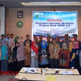 FEB Unisma Malang Gelar Workshop Implementasi Instrumen Akreditasi Program Studi 4.0
