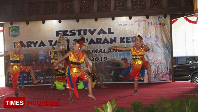 The Disparbud Malang Held Dance and Jaran Kepang Festival