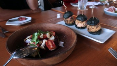 Chef Danny Chaney Luncurkan Menu Baru Henry's Grill and Bar Bali