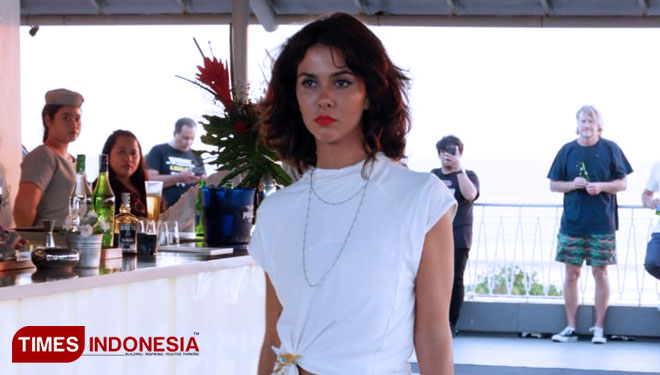 Yunita Harun Show Her Design at the Sunset Party Luna 2 Seminyak Bali