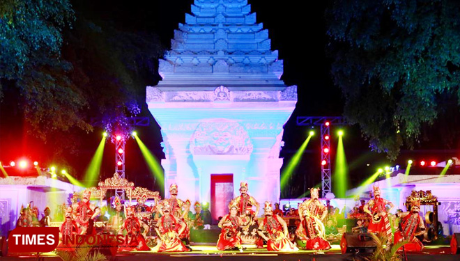 Lots of Foreigner Studenst Dance in Indonesia Channel 2019 Banyuwangi
