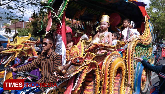 The Kindergarten Kids Parade in Batu to Celebrate the Indonesia's Independence Day