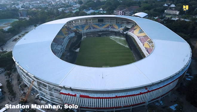 Stadion-Manahan-Solo.jpg