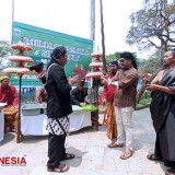 The Disparbud Malang Keep Maintaining to Preserve the Cultural Heritage by Holding the Jamasan Pusaka