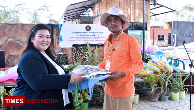 The Post Graduate Students Launched Umbul Damar Water Park for Their Social Service Program