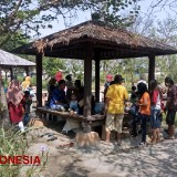 Taman Kebon Ratu Jombang, a Perfect Place to Socialize with Another Community