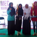 SMP Ma'arif Miftahul Ulum Rraih Double Winner Pada Story Telling Competition