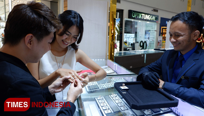 Dazzling Jewelry Festival will Satisfy Your Eyes with Thousands of Sparkling Jewel