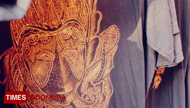 How Arik Dwi Asmara Creates the Zero Ink Hand Painted T-Shirt