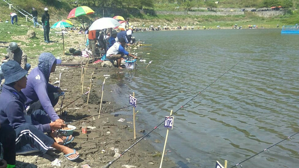 Fishing Competition at Telaga Wahyu Magetan. (Picture by: M Kilat Adinugroho/TIMES Indonesia)