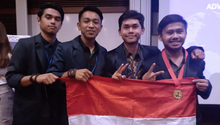 The UB Team Got a Gold Medal on Advanced Innovation Global Competition