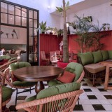 Ambience Unik, The Junction House Seminyak Terekomendasi 5 Star dari iGuides