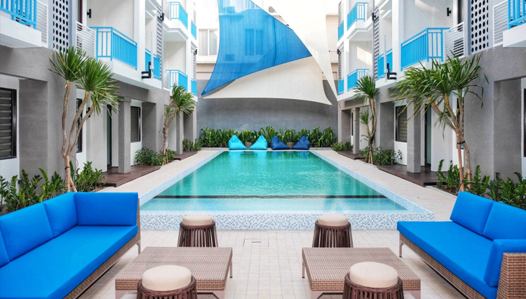 Bloo Hotel Bali, The All-New Atmosphere for The Sunset Hotel and Restaurant
