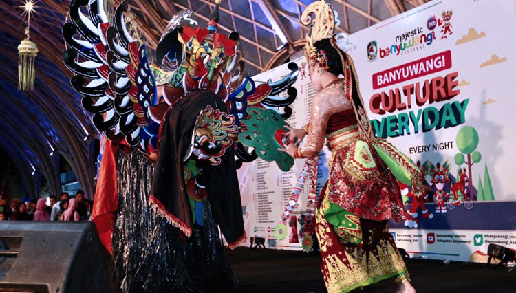 Banyuwangi Commits to Preserve the Local Culture with Culture Everyday