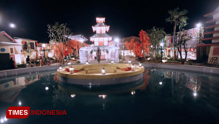 Enjoy the Japanese Atmosphere While Having Fun at Dira Cafe and Waterpark Balung