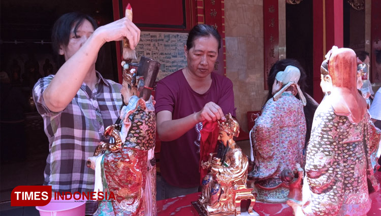 This is How En Ang Kiong Temple of Malang Preparing Themselves for The Upcoming Chinese New Year