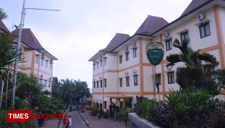 Spend Your Chinese New Year Holiday at Ciptaningati Hotel Batu