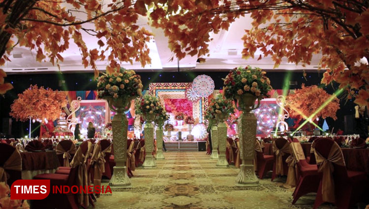 Wedding at Unique Ballroom at HARRIS Hotel & Conventions Malang. (PHOTO: AJP TIMES Indonesia)