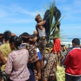 Hole Mehara, an Old Tradition by Sabu Raijua Community East Nusa Tenggara