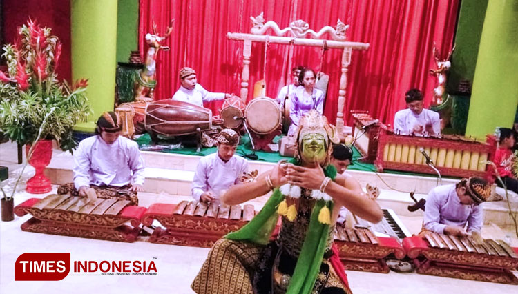 Indonesia's Cultural Dining Series of Tugu Hotel Took the Local Romantic Love Story to the Stage