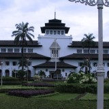 Gedung Sate of Bandung, the Perfect One Stop Tourist Destination for Your Weekend