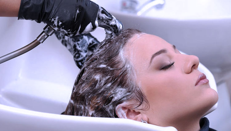 What Will Happen If You Rarely Wash Your Hair?