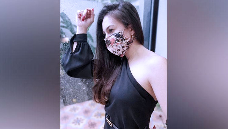Ladies, this is How to Look Pretty in Mask