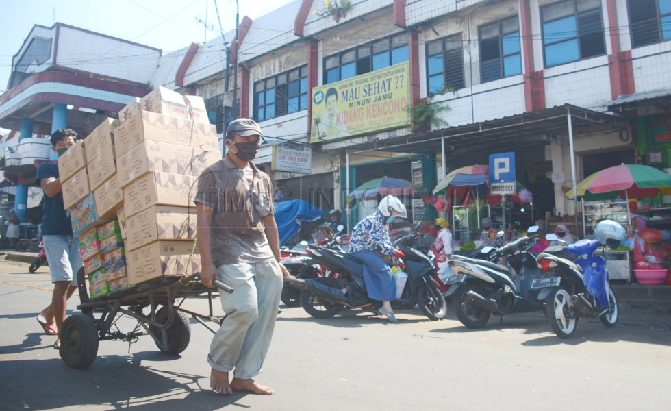 Inspeksi New Normal Life di Pasar Lawang